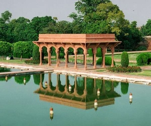 agra, india, and Lahore image