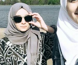 hijab and alexandragolovkova image