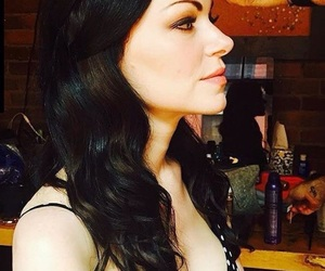 laura prepon, orange is the new black, and alex vause image