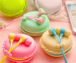 cute, earphones, and macaroons image