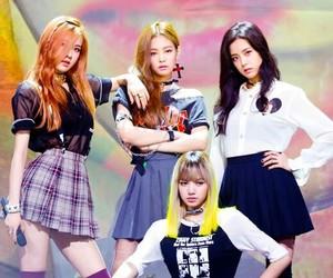 girl group, rose, and jisoo image