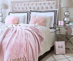 bedroom, decor, and pillows image
