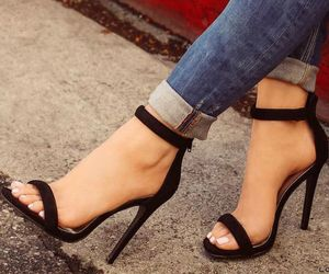 black, chic, and heels image