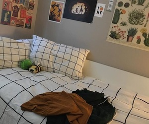 aesthetic, artsy, and bedding image