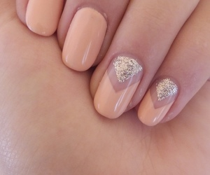 nails, Nude, and sparkle image