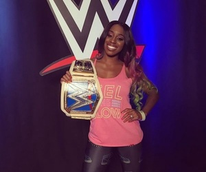 naomi, wwe, and sd womens champ image