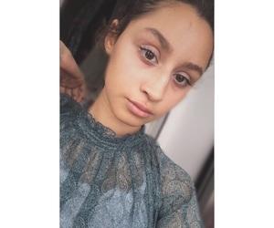 aesthetic, girl, and selfie image