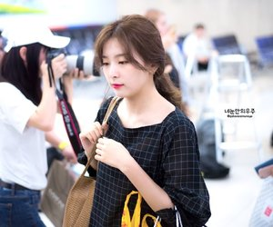airport, red velvet, and seulgi image