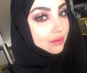 hijab, vintage, and muslima image