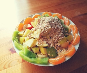 apples, kiwi, and oats image