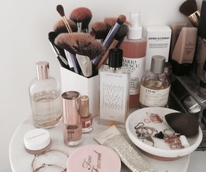 beauty, makeup, and aesthetic image