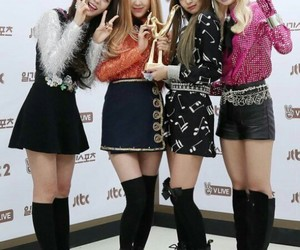 blackpink, park chaeyoung, and jennie kim image