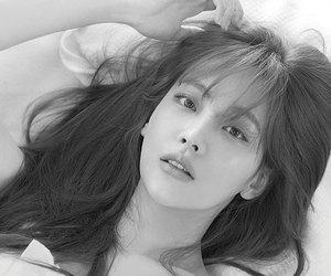 oh yeon seo, oh yeonseo, and oh yeon seo* image