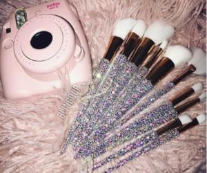 make up, pink, and Swarovski image
