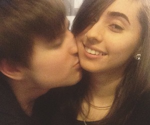 couple, kiss, and hot chelle rae image
