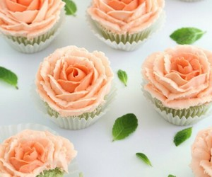 cupcakes, roses, and sweet image