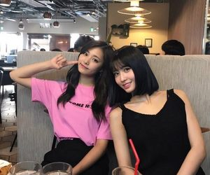 twice, momo, and tzuyu image