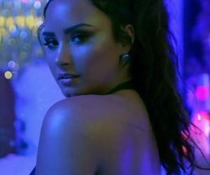 demi lovato, sorry not sorry, and Queen image