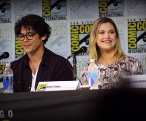the hundred, bellarke, and the 100 image
