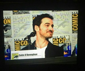 san diego comic con, colin o'donoghue, and sdcc2017 image