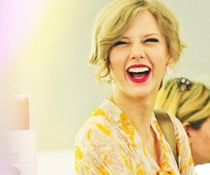 Taylor Swift, smile, and happy image