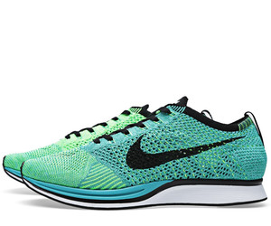 nike flyknit racer and nike flyknit image