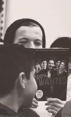 louis tomlinson, one direction, and book image