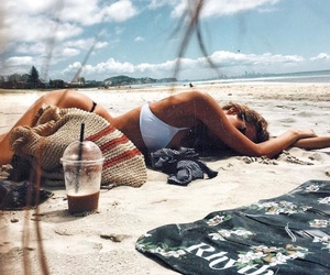 photography, fennel, and beach nap image