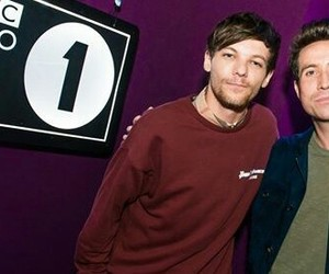 louis tomlinson and larry image