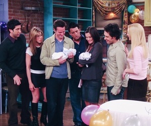 chandler bing, courtney cox, and David Schwimmer image
