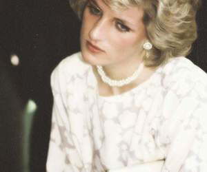 beautiful, diana, and princess image