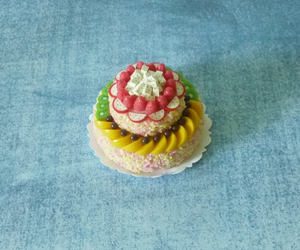 accessories, dollhouse cake, and miniature dollhouse image