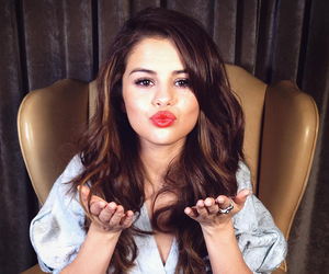 selena gomez, kiss, and selena image