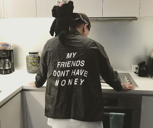 freinds, money, and singer image