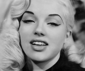 Marilyn Monroe, blonde, and Diana Dors image