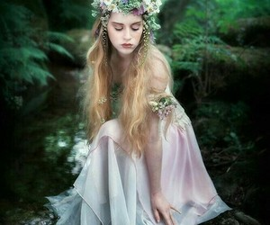 ninfa, cuento, and bosque image