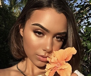 flower, highlighter, and on fleek image