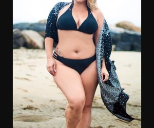 beauty, curvy, and swimsuit image