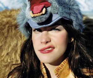 liv tyler and wolf image