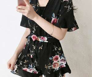 asian fashion, flower, and kfashion image