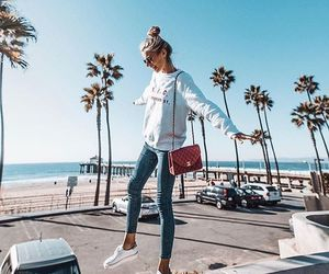 blouse, days, and fashionista image