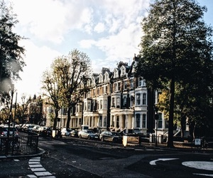 london, morning, and sunshine image