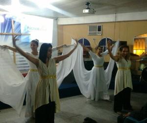 angel, worship, and ballerinas image