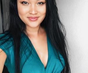 blogger, glow, and makeup image
