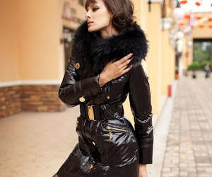 fur collar and women's down jacket image