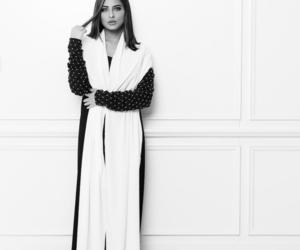 we heart it, black & white, and abaya image
