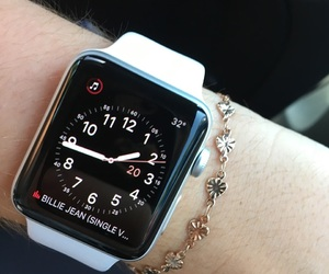 watch and applewatch image