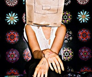 ️sia and woman image