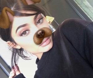 kylie jenner and snapchat image