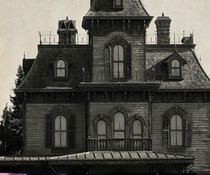 black and white, creepy, and house image